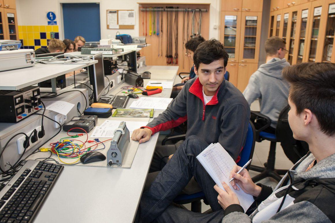 Mezinárodní soutěž odborných dovedností v elektrotechnice